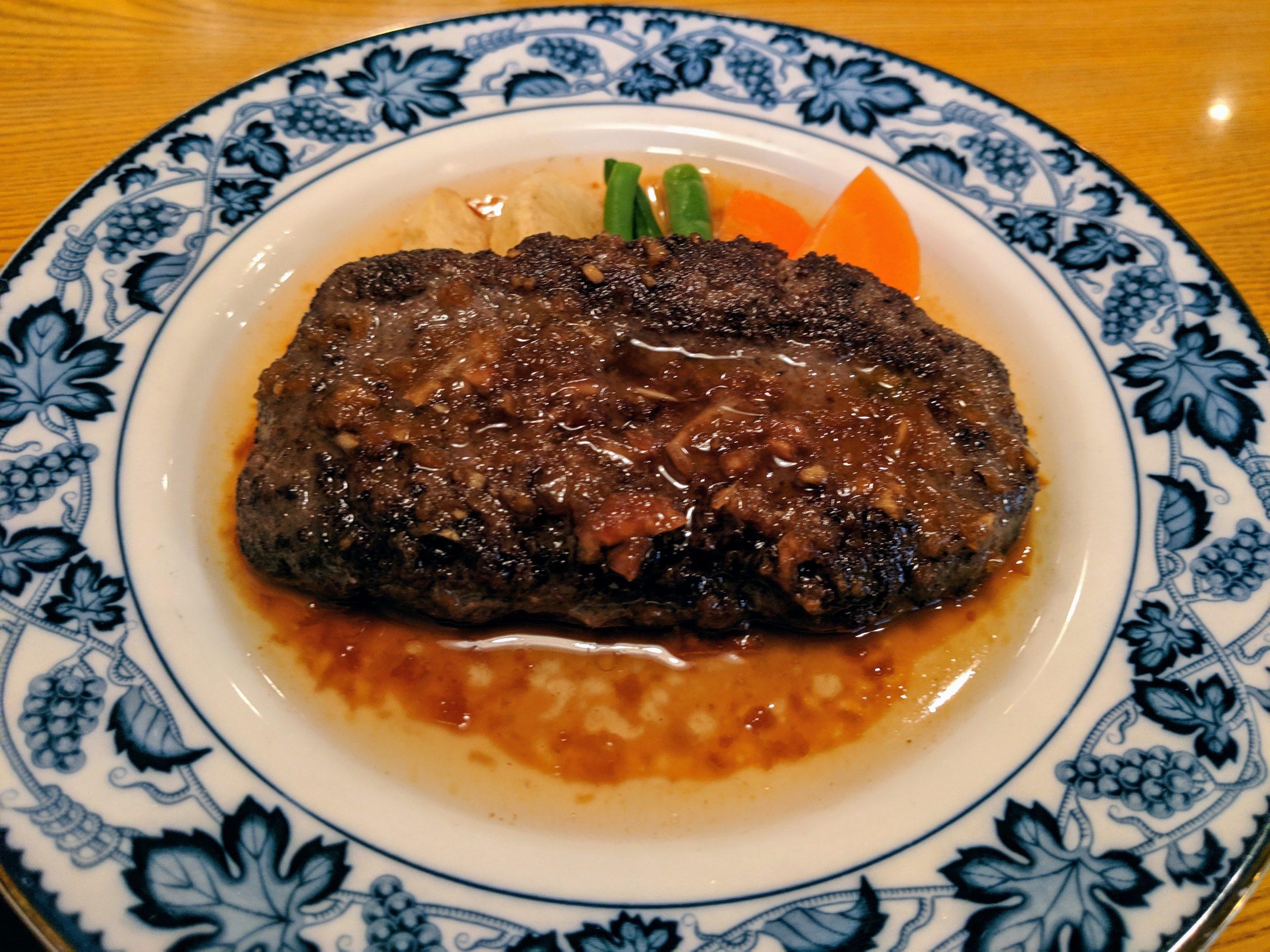 老舗で出会った肉汁ましましの投稿写真